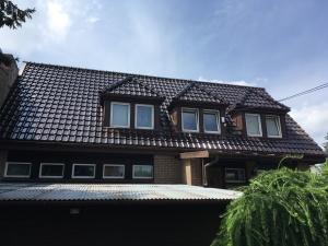 dachówka glazurowana warszawa dachy remont dachu naprawa brązowa